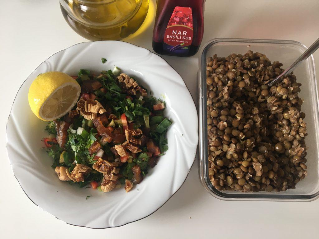 pratik salata tarifi